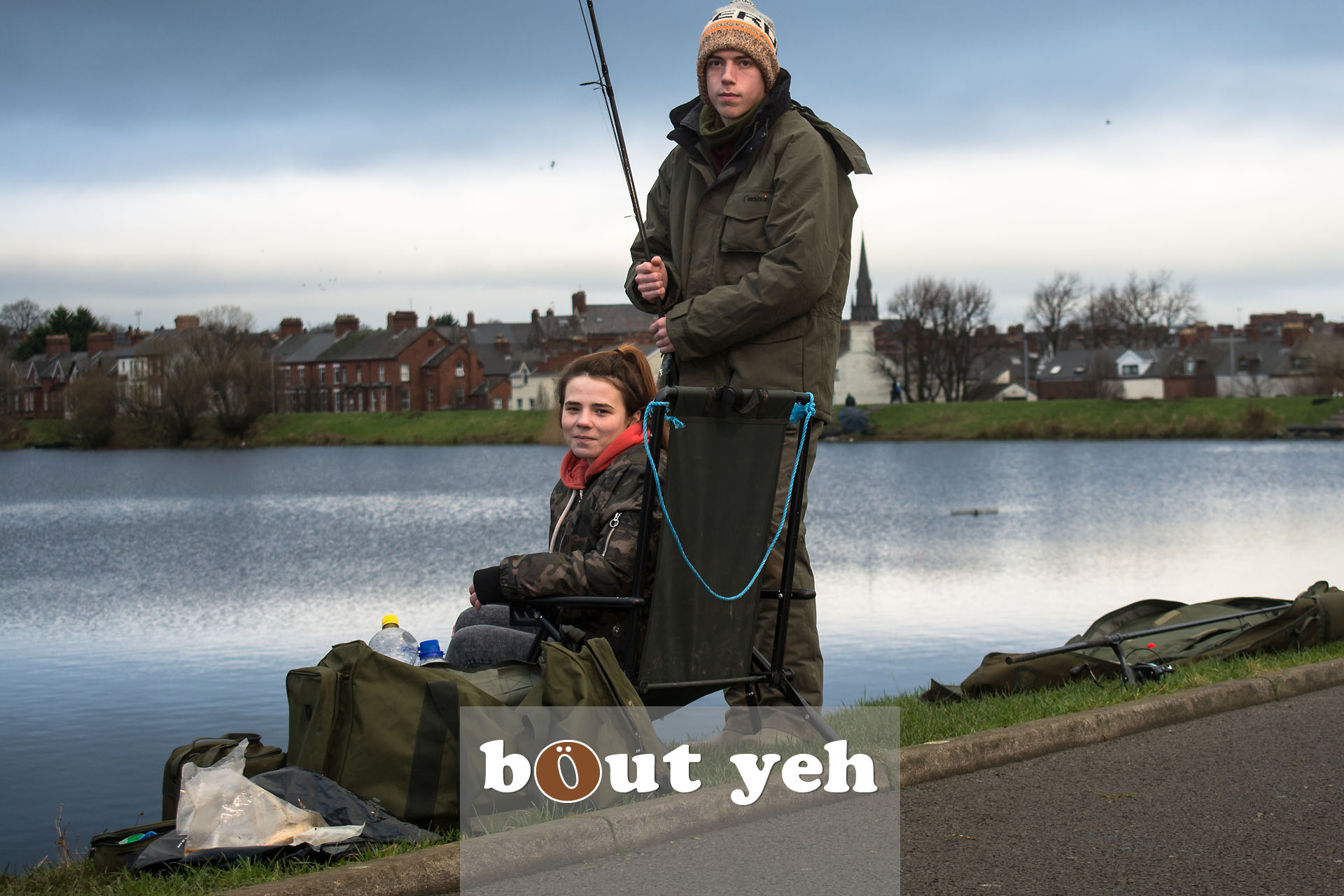 Young couple fishing at Waterworks, Belfast, Northern Ireland - bout yeh photographers Belfast photo 3943.