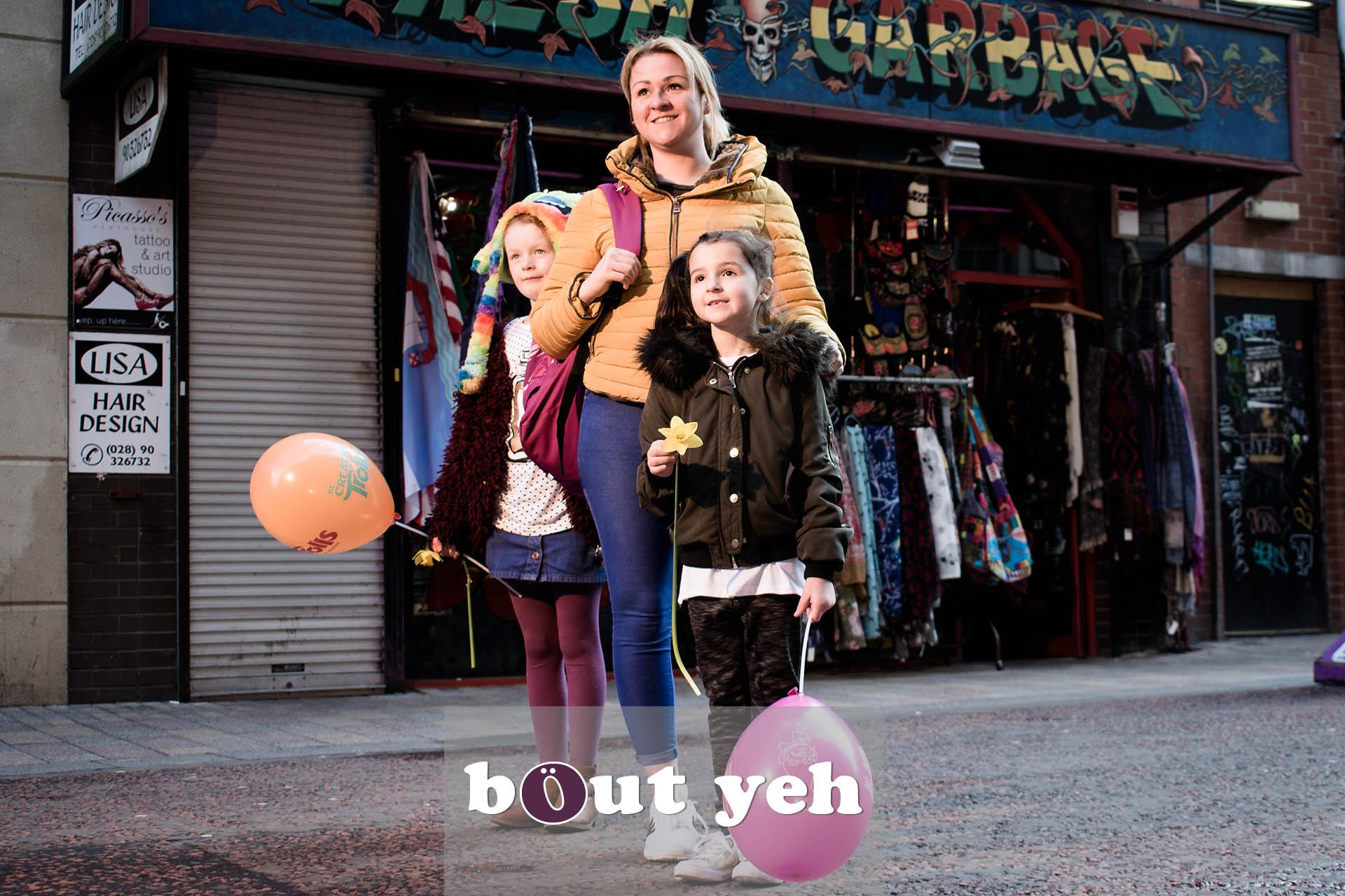 Andrea, Maya and Aliyah, Rosemary Street, Belfast - photo 4719.