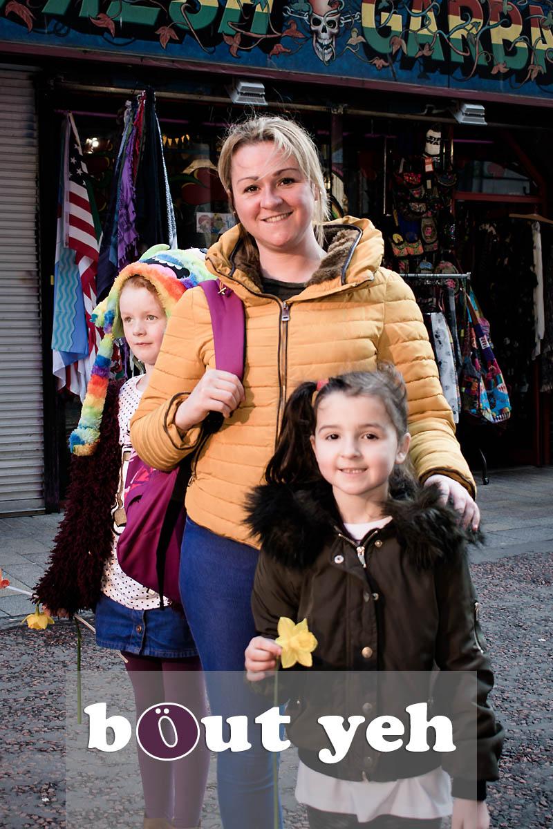 Andrea, Maya and Aliyah, Rosemary Street, Belfast - Belfast photo 4721.