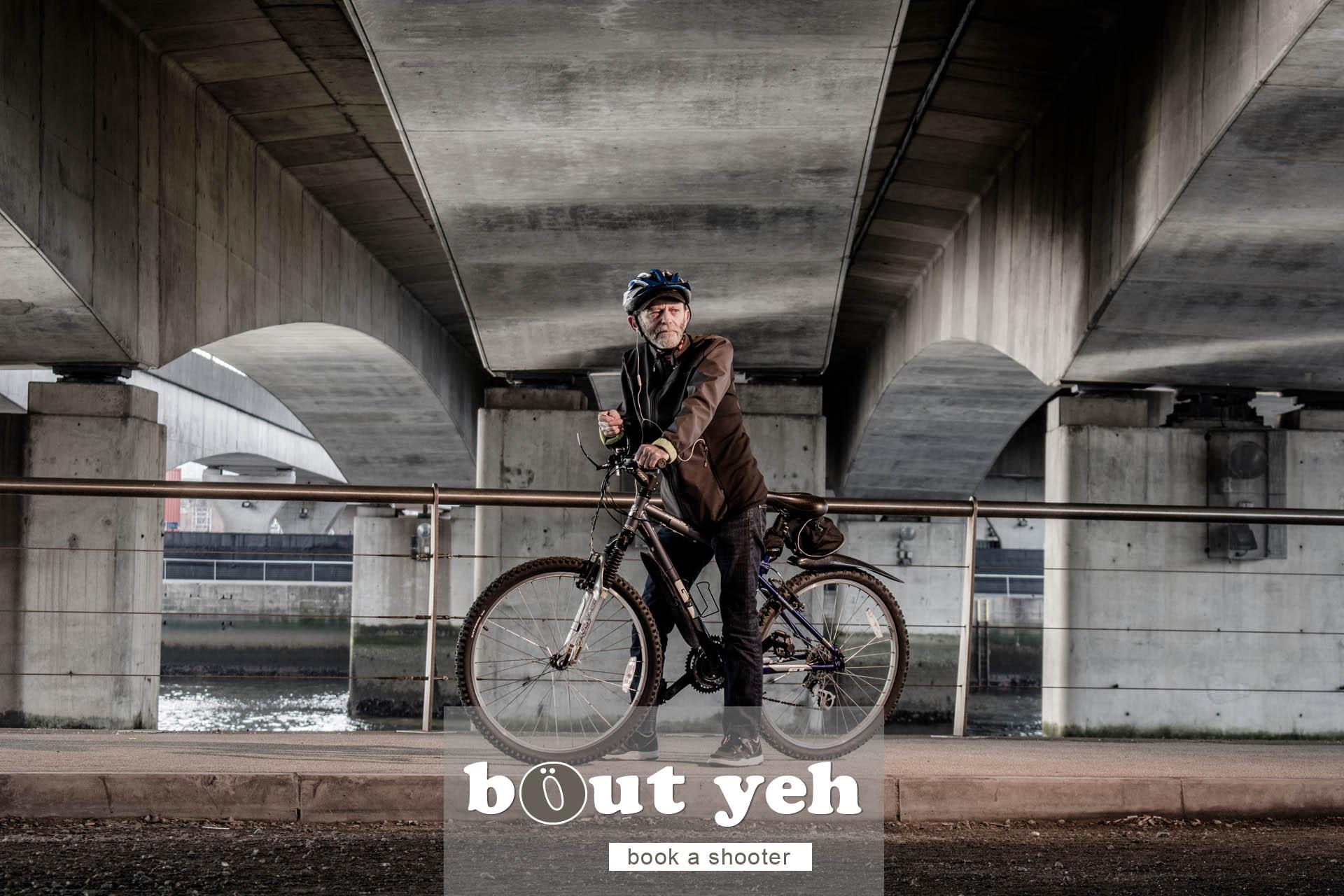 Jerry with bike under Dargan Bridge, Belfast - photo 5047.
