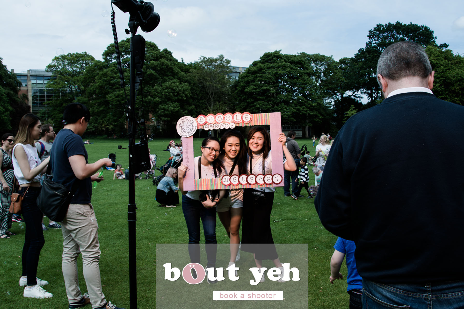 Jiexi, Liz and Gwendoline, Global Bubble Parade Belfast 2017 at Botanic Gardens, Belfast, Northern Ireland - photo 6854.