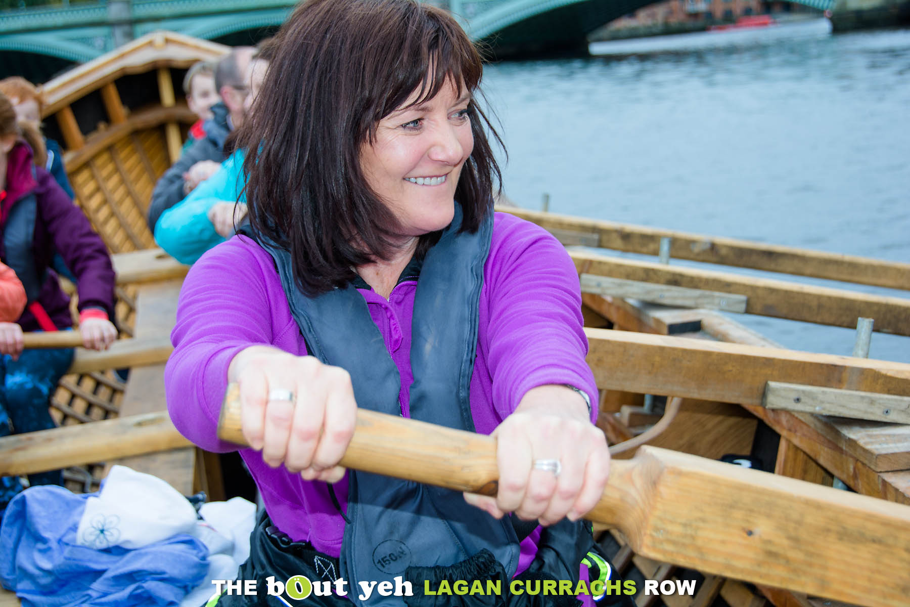 Lynne taking part in the Bout Yeh Lagan Currachs row - photo 9213.