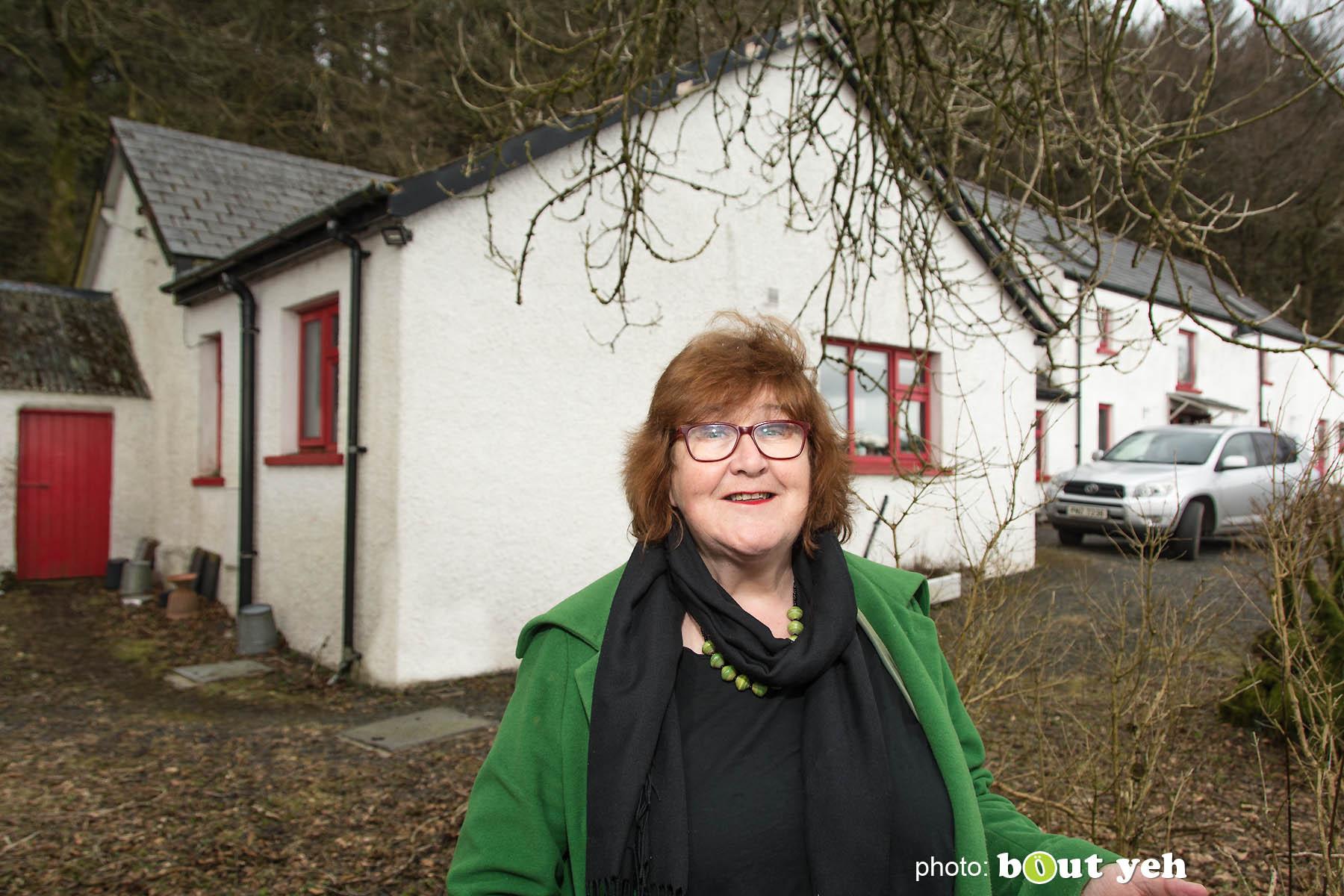 Liz Weir, Ballyeamon Barn Hostel, Glenariff, Northern Ireland - photo 1014.