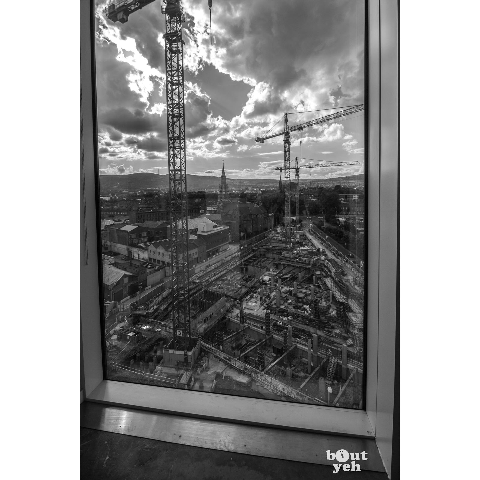 Image - Featured photographer, Justin McLean, black and white photograph of University of Ulster, Belfast, Northern Ireland.