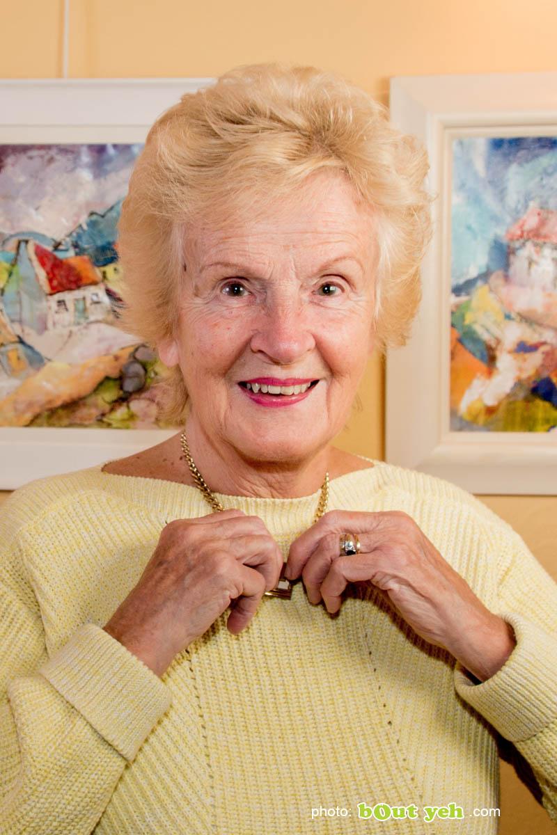 Artist Margaret Brand, vertical photo 5643 by Bout Yeh photographers Belfast, Northern Ireland