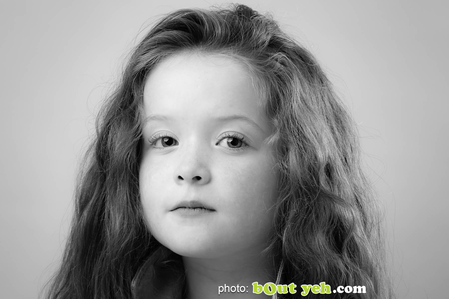 Portrait photography photo 4912 by Bout Yeh photographers Belfast