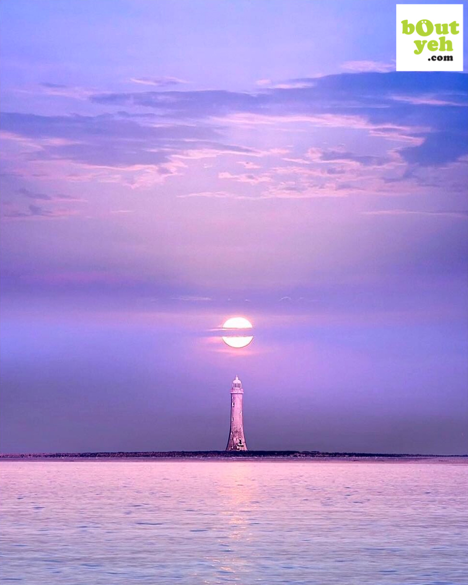 Haulbowline Lighthouse - photo 04-06-2019_06-00-30 shared by Bout Yeh photographers Belfast