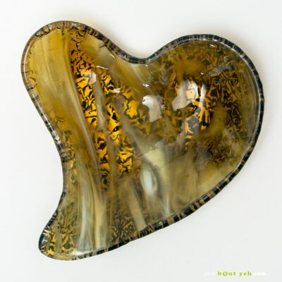 Heart shaped bowl in streaky amber and white - Irish glassware photo 1598