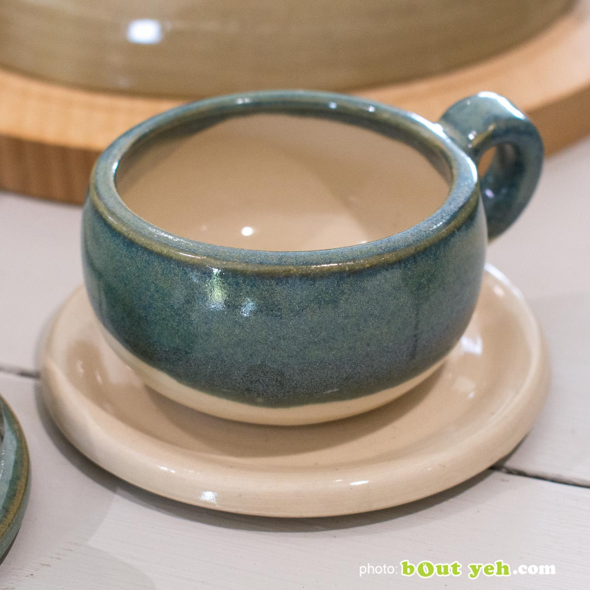 Contemporary Irish homeware ceramics -  hand made green, blue and white espresso set from Bout Yeh art and crafts gallery Belfast and Dublin. Photo 1457